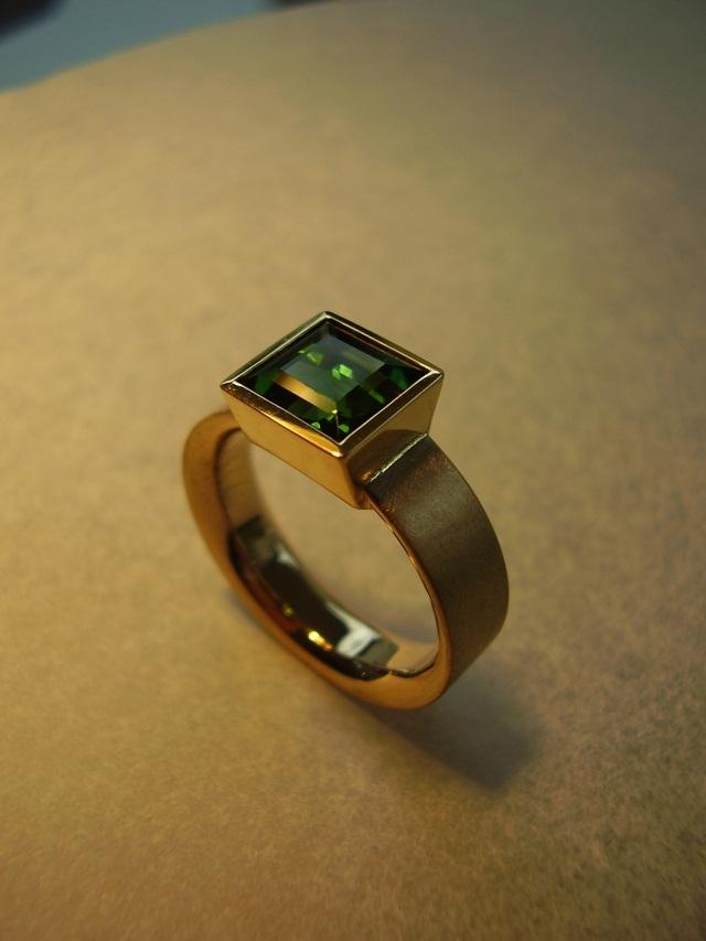goldschmiede behrens ring gold 750 mit turmalin. Black Bedroom Furniture Sets. Home Design Ideas